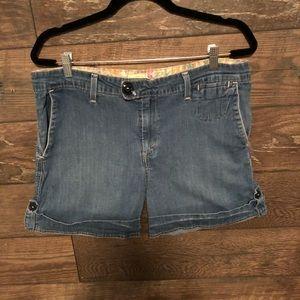 Levi Jean shorts women's size 12